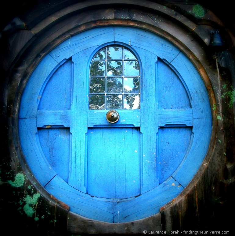 Round Hobbit door_thumb